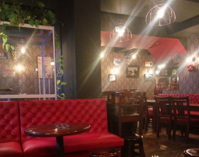photo SYCLOP - Un espace fumeurs au Sister's pub à St Chaffrey